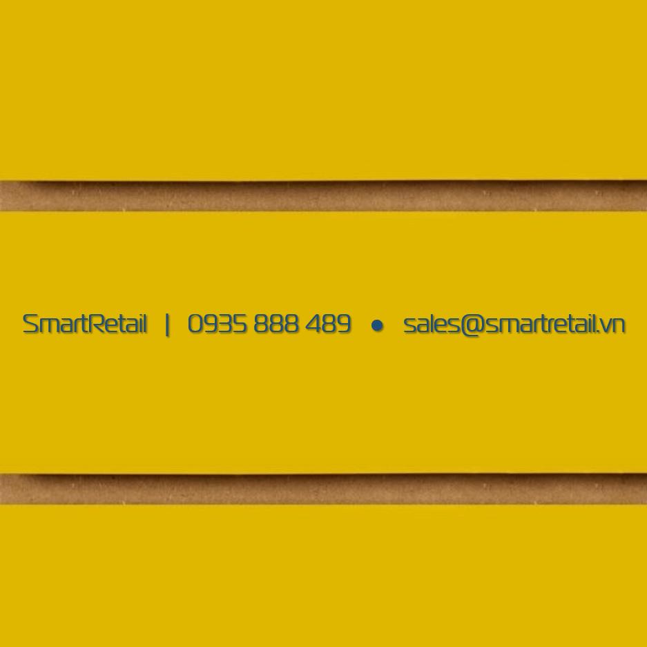 Tấm Slatwall gỗ màu vàng - SmartRetail - 0935888489